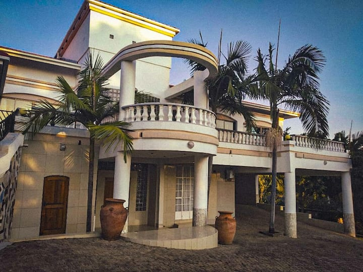 Vikam Villa, Holiday Home