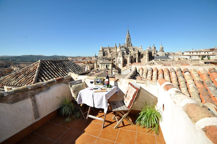 Atico with magnificent views of the cathedral