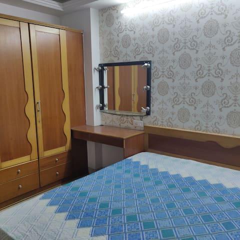 Room In Lavish Villa With Terrace