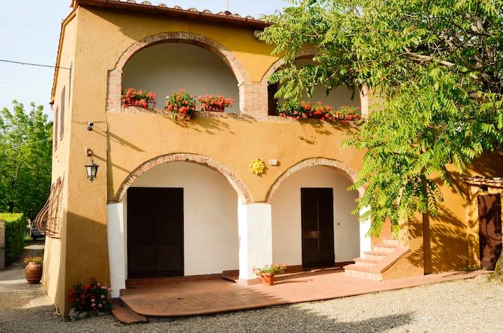 Villa for 20 people in Siena, pool