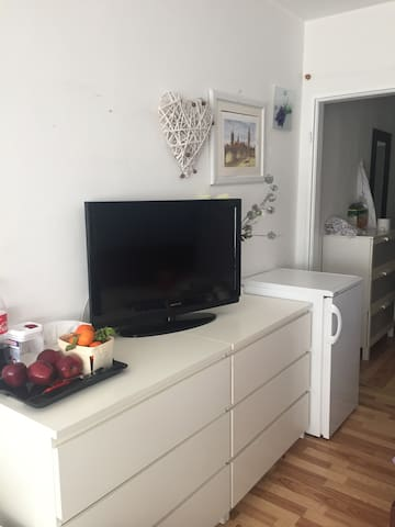Cozy one room flat near city center - Münih - Daire
