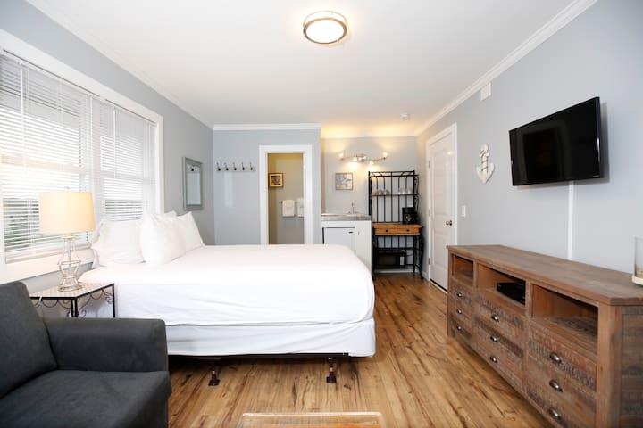 Large Studio at Bayfront Montauk Resort