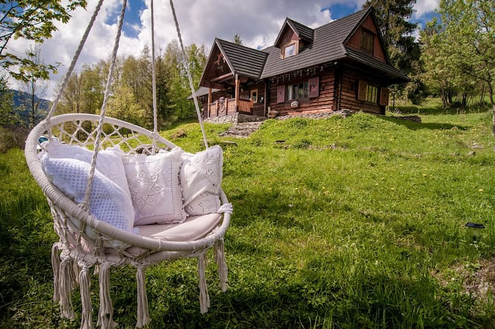 Traditional 200yrs old Log Chalet