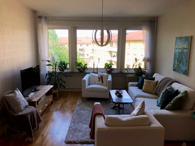 Nice three room apartment, 30 min to Stockholm.