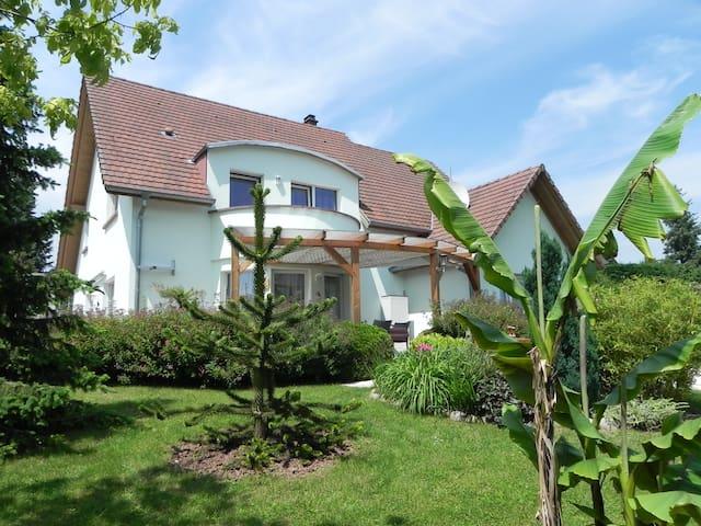 Chambre d'hôtes les érables en centre Alsace - Saint-Pierre-Bois - Gjestehus