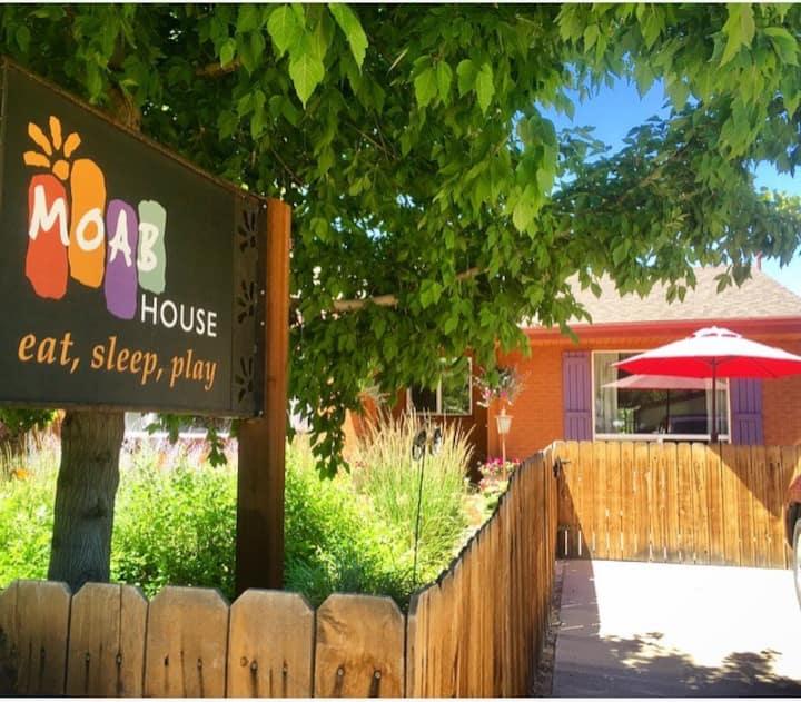 A Moab House - Casa del Sol - A Downtown Retreat.