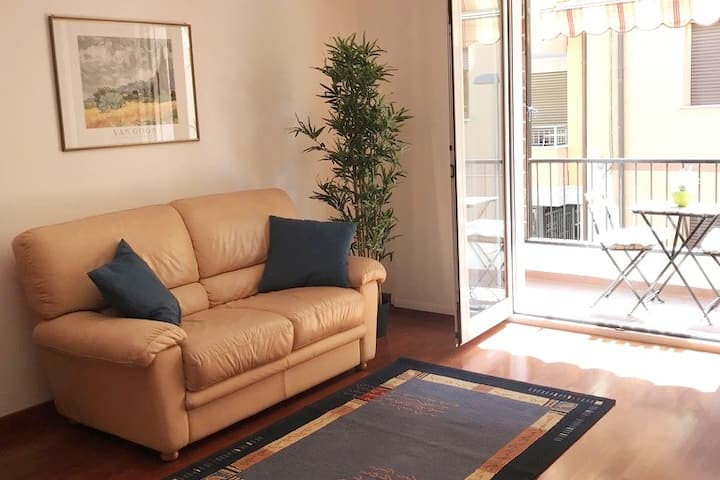 Appartamento vicino al Porto in zona tranquilla