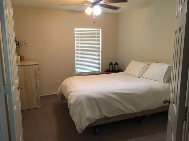 The suite on bluebonnet