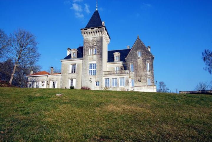 Chateau Bella at Nouvelle-Aquitaine