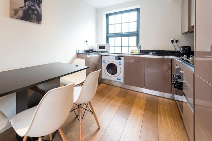 Modern Kings Cross Apartment (OM5 III)
