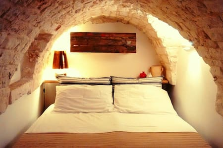 Magic Stone 2 Floors + Terrace WIFI - Ostuni