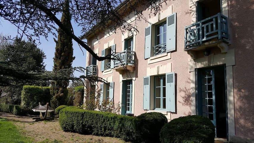 Maison de charme - Davron - House