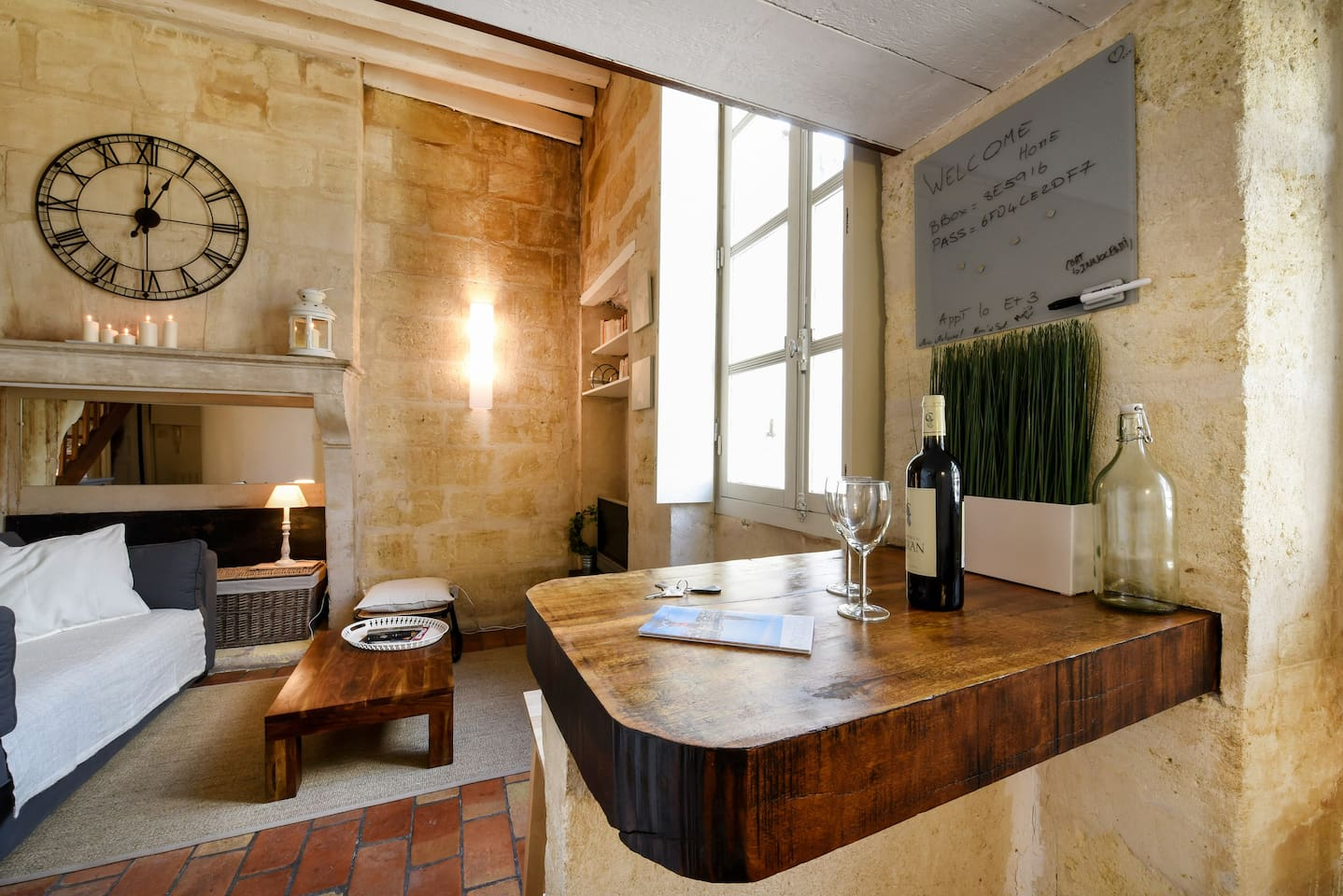Stone studio in the old Bordeaux - Condominiums for Rent in Bordeaux ...