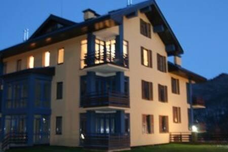 Солнечная студия с видом на горы - Szocsi