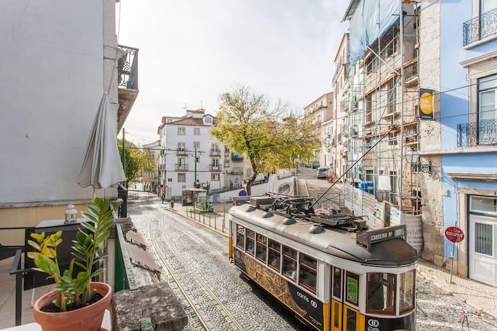 Alfama St. Jorge Castel - Apartment with Terrace