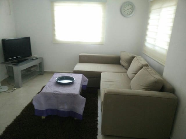 Cozy unit in a quit suburb - Kokhav Ya'ir Tzur Yigal - บ้าน