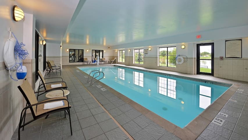 Free Wi-Fi, Indoor Pool and Hot Tub | Free Breakfast + Fireplace