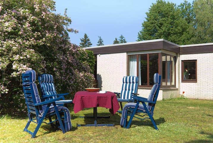 Ferienwohnung am Wald - Trappenkamp - Apartment