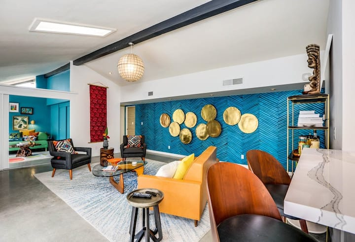 Mid-century modern condo w/ fun decor, private patio, & shared pool/hot tub