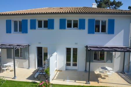 Appartement T avec jardin dans vila - Saint-Trojan-les-Bains