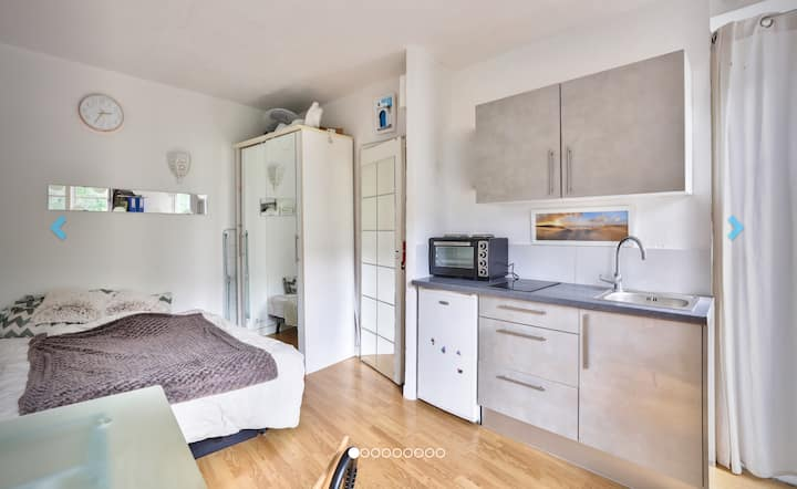 Sweet Parisian Cocoon - Flat For 2 !