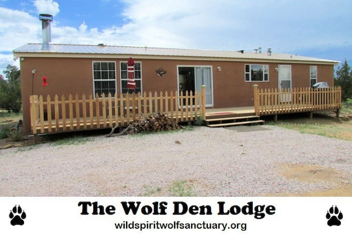 The Wolf Den Lodge - Ramah - Maison