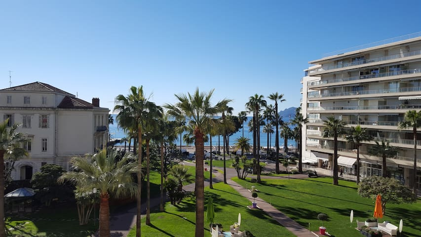 Grand hotel Croisette - Cannes - Apartment