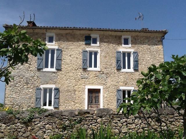 Commingeoise pour séjours de plus de trois nuits - Cazeneuve-Montaut - Villa