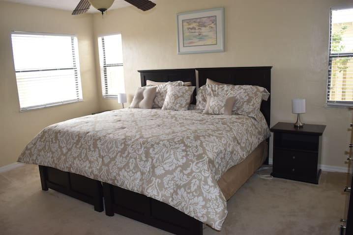 Affordable luxury beach get-a-way - Daytona Beach Shores - Apartament