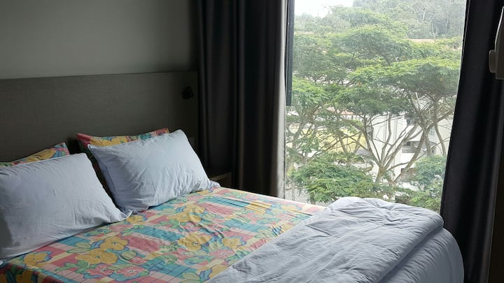 Room Rent in a 2-Bedroom Unit @Geo38 Res-Free Wifi