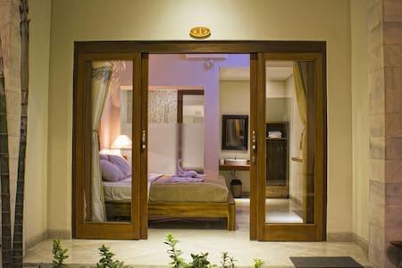 Sura2 Bed&Breakfast, Wifi, Ubud - Ubud, Gianyar - Bed & Breakfast