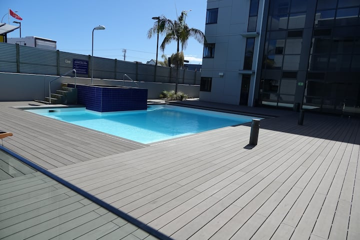 Modern 1 Bedroom Apartment in Central Mt Maunganui