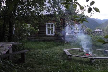 Уютный деревенский домик