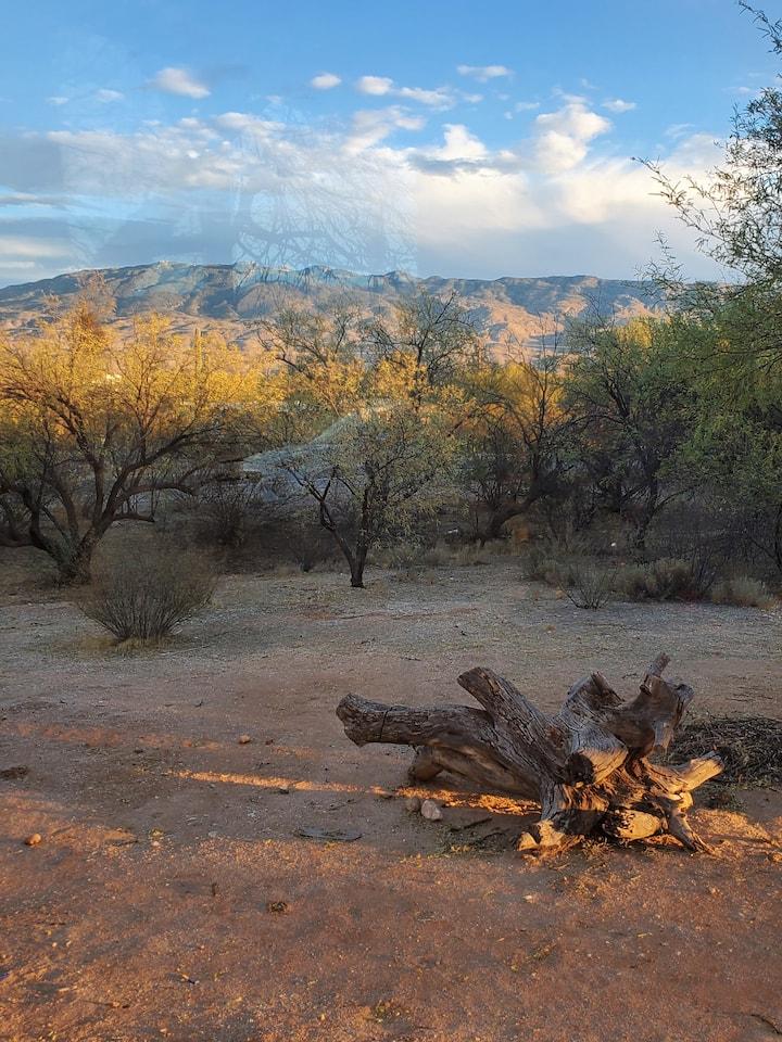 Cozy Casita with beautiful mountain views