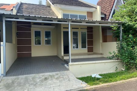 New House at Sentul City - 5mins walk to AEON Mall