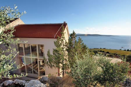 Stonehouse with fantastic sea view Zavala Hvar - Zavala - Villa