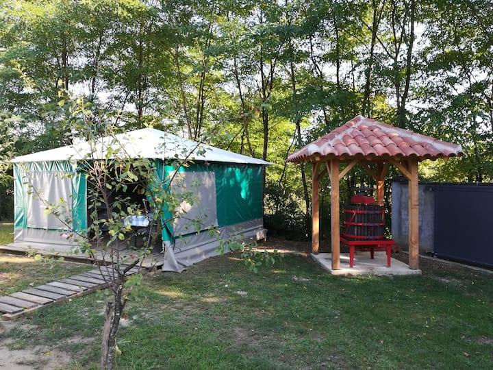 bungalow toilé 4pers cté pressoir 50€ la nuit