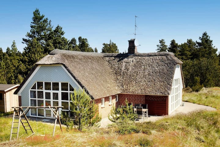 Boutique Holiday Home With Indoor Pool in Oksbøl