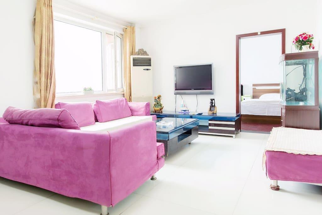 客厅带舒适沙发