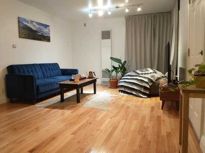 Oakland Gem - Homey, Safe, Comfortable!