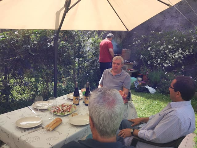 adosado& jardin  a500 m playa isla ,ideal familias