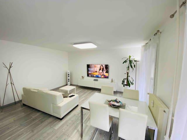 50m2 apartment Part-Dieu with private parking