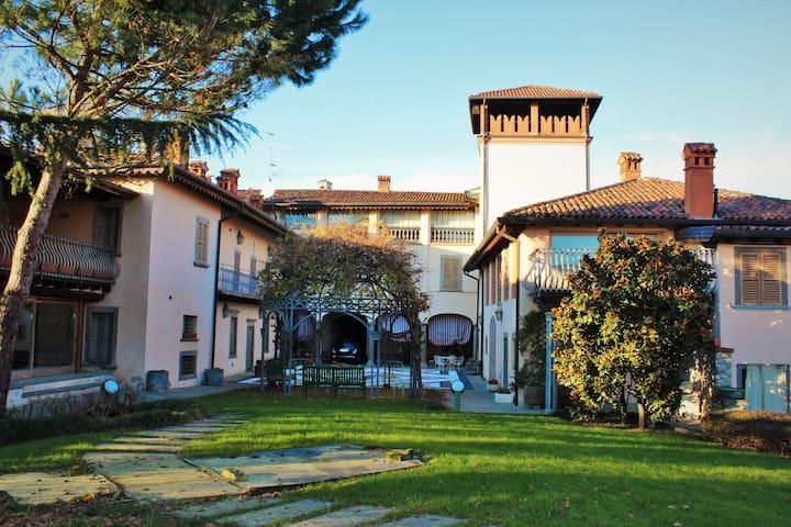 """Casa Roncalli, appartamento """"Il Rustico"""" - Mapello - Huis"""