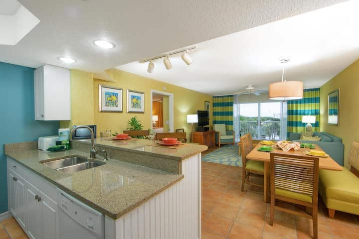 Professionally Cleaned Resort Condo - In Unit Kitchen, Washer and Dryer