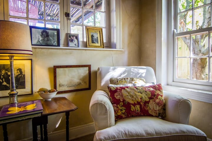 Halsteadfarm Bed & Breakfast