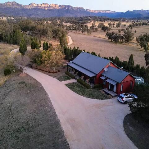 'Willowdene' Glen Davis Farmhouse