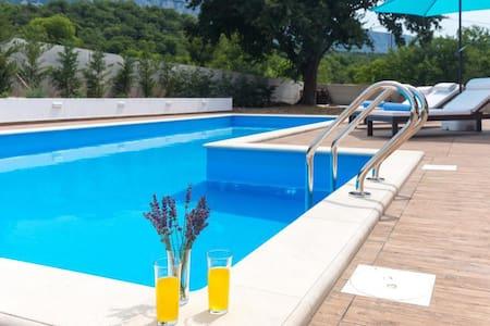 Villa Lavanda -Tribalj private swimming pool