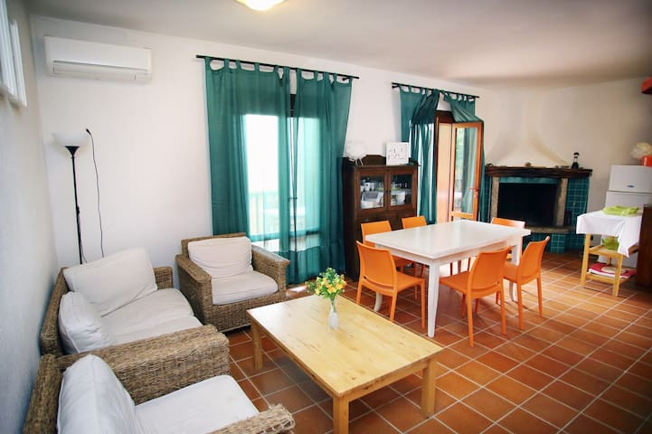 Amazing apartment close to the beach with sea view - Isola Rossa