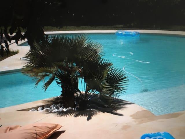 Calme, quiétude et caractère - 34380 - Villa