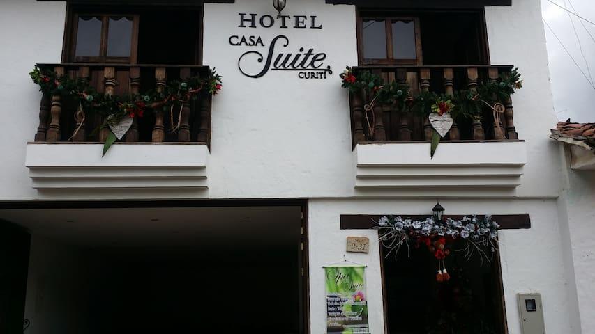 Hab ocupación máx 3 pax. Hotel Casa Suite Curiti - Curiti - โรงแรมบูทีค